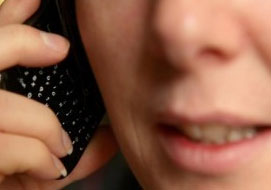 dutch-woman-phone-calls
